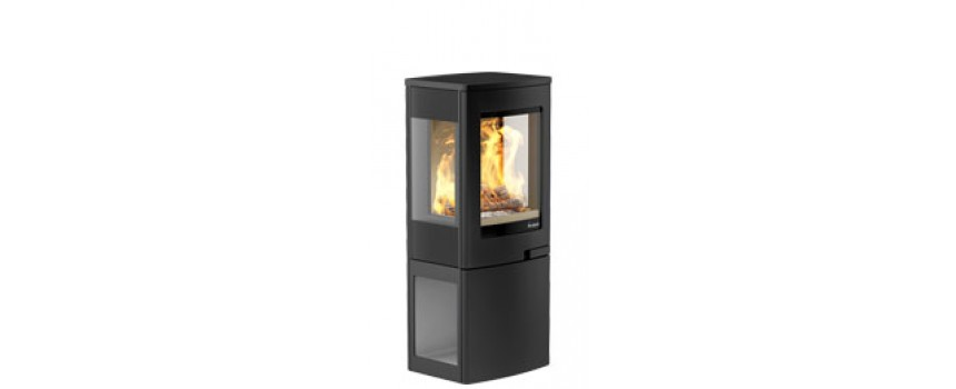 Continetal 4 Wood Burning Stove with Clear Glass Log Store